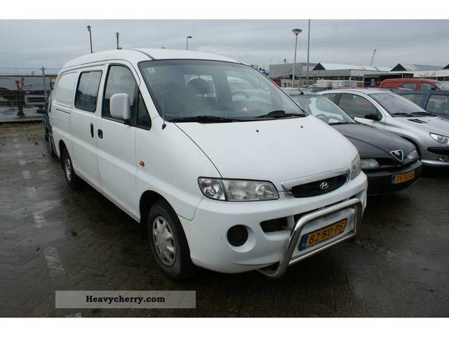 2002 Hyundai  H 200 2.5 D Van or truck up to 7.5t Other vans/trucks up to 7 photo