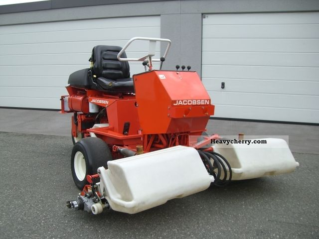 2012 Jacobsen  Greens King IV lawnmower mower Agricultural vehicle Reaper photo