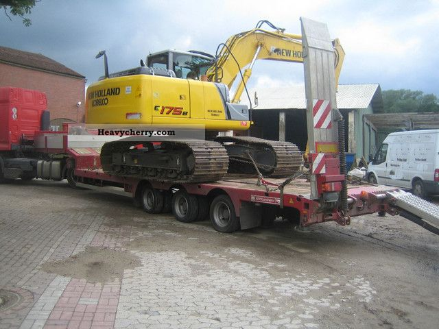 2010 Doll  3 axles low loader trailer with ramps Semi-trailer Low loader photo
