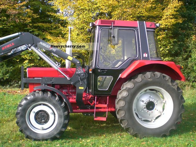 1983 IHC  844 XLA Agricultural vehicle Tractor photo