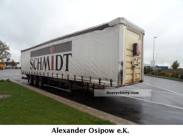 1992 Benalu  88m ³ Lieftachse Fruehauf axles Semi-trailer Stake body and tarpaulin photo