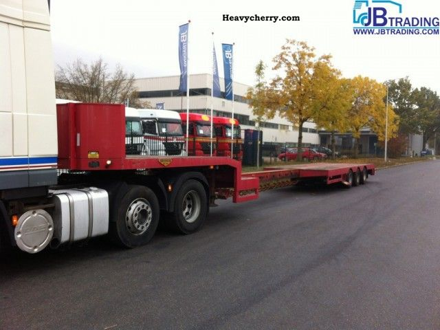 2012 Broshuis  semie Extendable load floor Semi-trailer Low loader photo