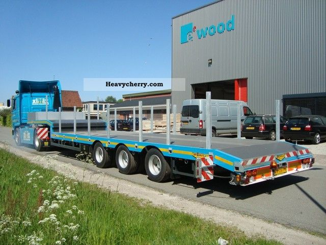 2012 Broshuis  Extendible semi low loader Semi-trailer Low loader photo