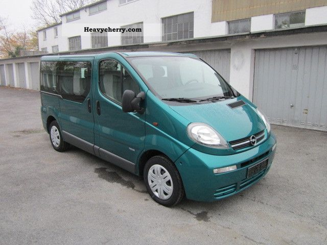 opel vivaro 1 9 cdti tour bus 7 seats towbar 2004 estate. Black Bedroom Furniture Sets. Home Design Ideas