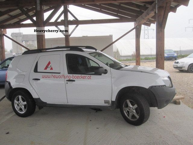 dacia duster wheel 2011 box type delivery van photo and specs. Black Bedroom Furniture Sets. Home Design Ideas