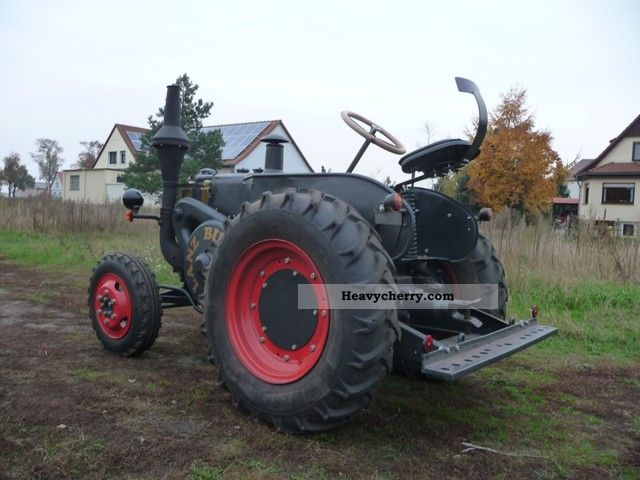 1942 Case Tractor : Lanz  agricultural tractor photo and specs