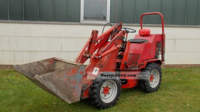1983 Weidemann  1302 Agricultural vehicle Farmyard tractor photo