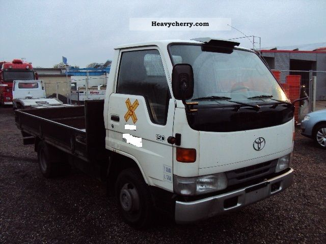1999 Toyota  Dyna 150 Pick-Duals Van or truck up to 7.5t Stake body photo
