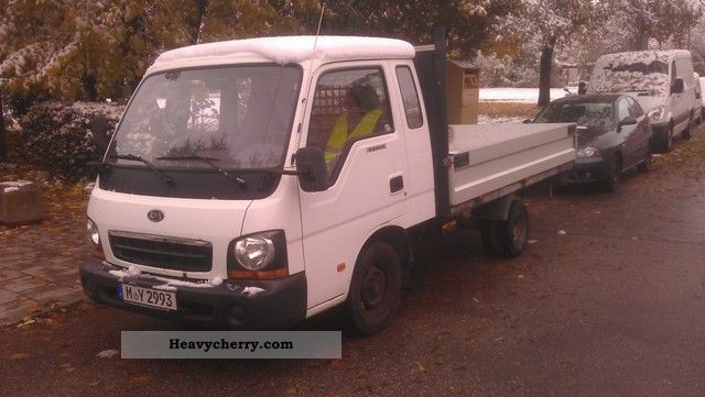 2002 Kia  K2700 Pick Green sticker Van or truck up to 7.5t Stake body photo
