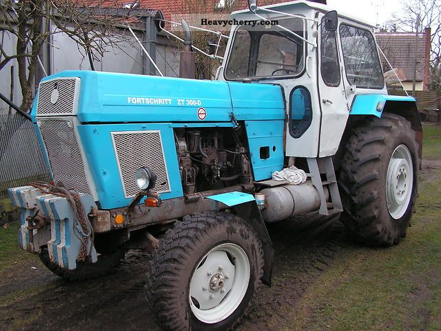 1969 Fortschritt  ZT 300 Agricultural vehicle Tractor photo