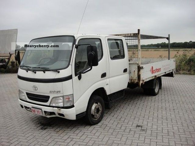2004 Toyota  Dyna 150 D4D DUBBEL CAB Van or truck up to 7.5t Stake body photo