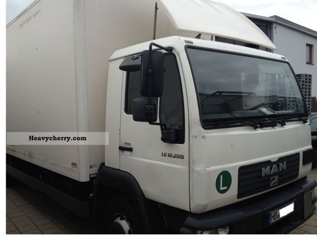 2003 MAN  LE 2000 Koffer / LBW / TÜV € 07/2013 3 Truck over 7.5t Box photo