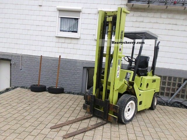 1982 Clark  C500Y50 Forklift truck Front-mounted forklift truck photo