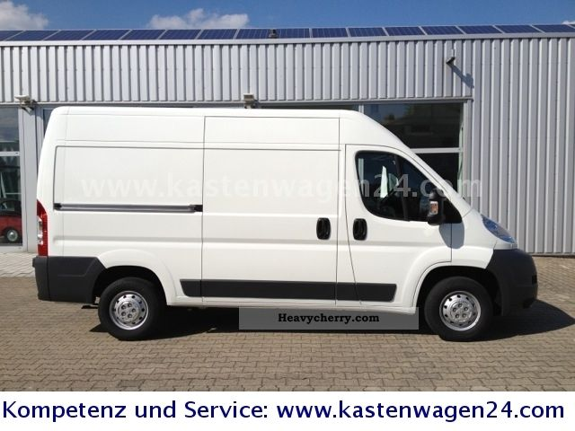 peugeot boxer l2h2 130 hp air suspension double delivery 2012 box type delivery van photo and specs. Black Bedroom Furniture Sets. Home Design Ideas