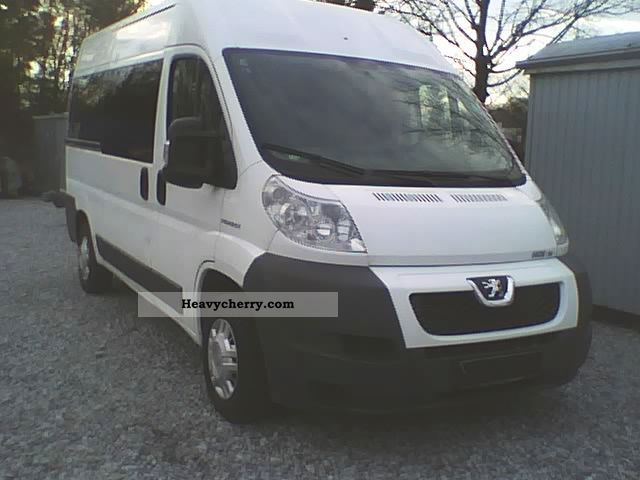 2009 Peugeot  * Boxer * 3.0 * HDI * 6Gang * air * 9Sitze * Net: 9000 € *. Van or truck up to 7.5t Estate - minibus up to 9 seats photo
