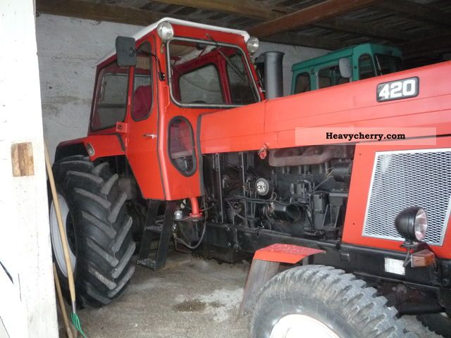 1971 Fortschritt  nt 304 Agricultural vehicle Tractor photo
