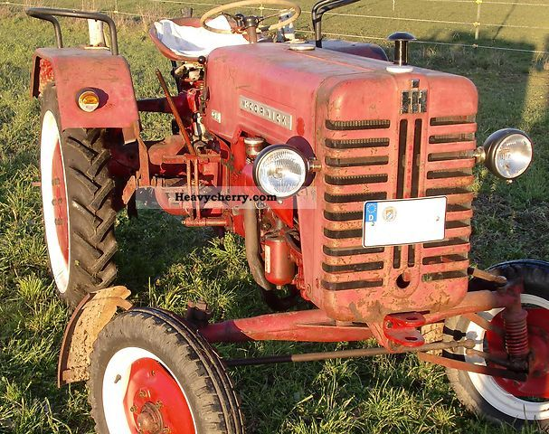 1960 IHC  D 214 Agricultural vehicle Tractor photo