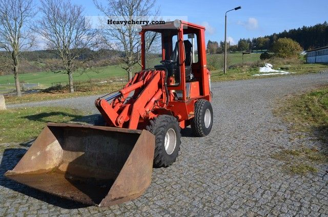 1995 Weidemann  2002 Agricultural vehicle Farmyard tractor photo
