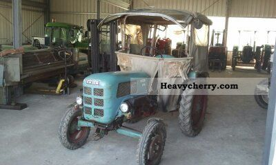 1958 Fahr  D 88 with luftgek. Güldnermotor, hydraulic, Verd. Agricultural vehicle Tractor photo