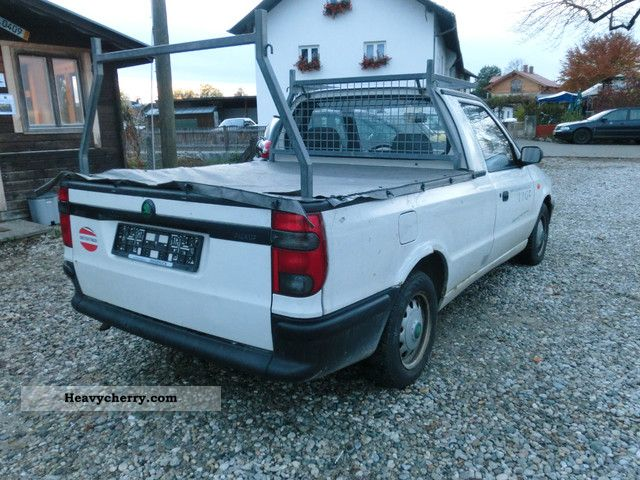 skoda pick up 88 000km 1996 stake body truck photo and specs. Black Bedroom Furniture Sets. Home Design Ideas