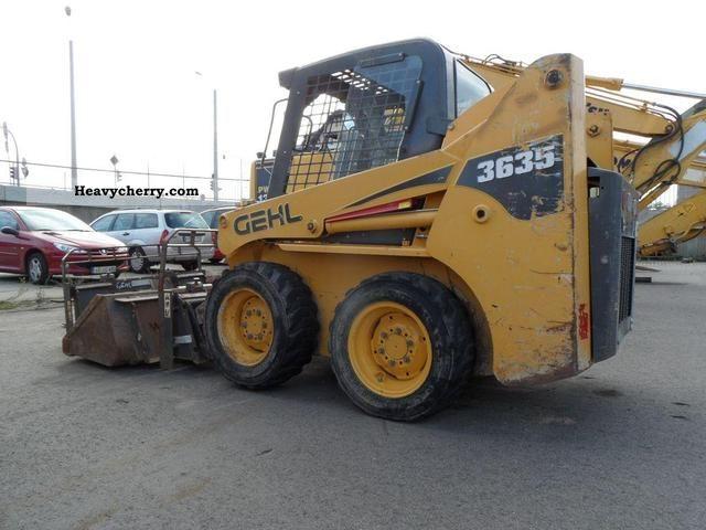 2005 Gehl  SL3635 SX Construction machine Wheeled loader photo