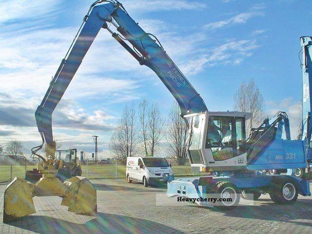 2005 Fuchs  MHL331 Construction machine Mobile digger photo