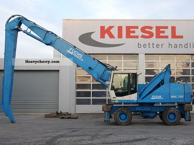 2004 Fuchs  MHL350 Construction machine Mobile digger photo