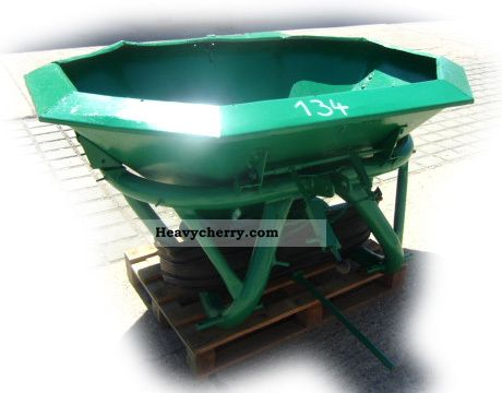 2012 Amazone  Disc spreader fertilizer spreader top condition Agricultural vehicle Other substructures photo
