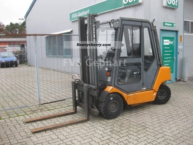 2001 Still  R70-30 diesel only 3560 hours of operation Forklift truck Front-mounted forklift truck photo