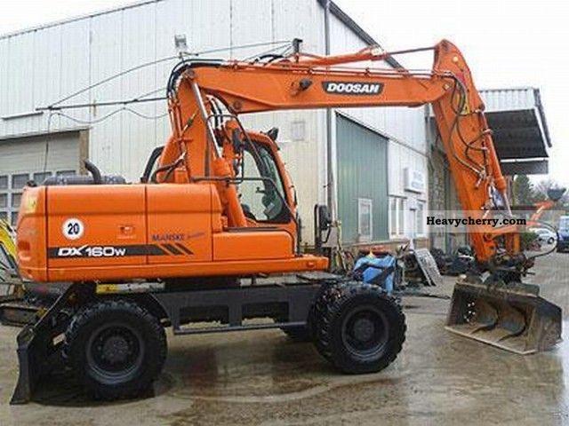 2012 Doosan  DX 160 W Construction machine Mobile digger photo