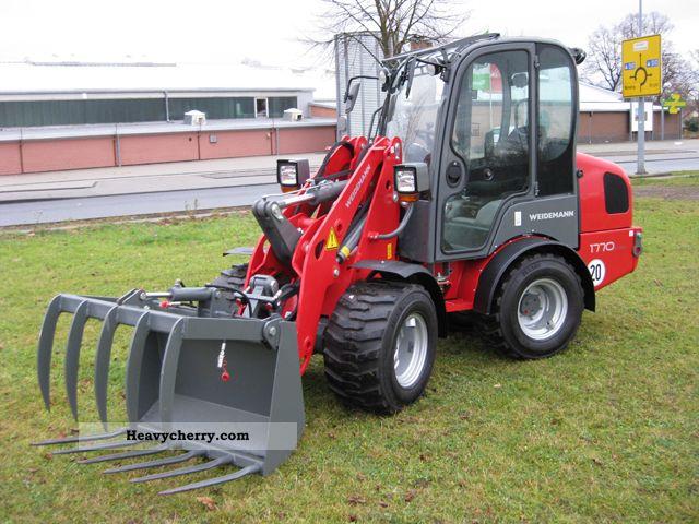 2011 Weidemann  1770 Agricultural vehicle Farmyard tractor photo