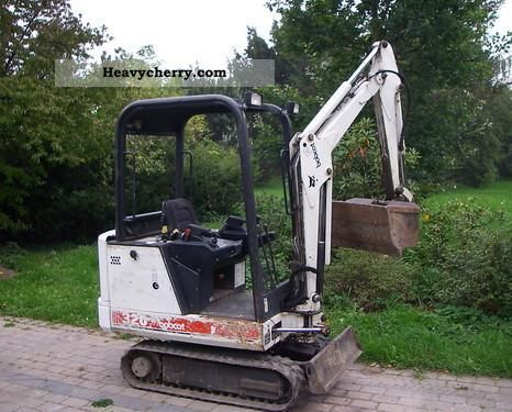 1997 Bobcat  320 Construction machine Mini/Kompact-digger photo