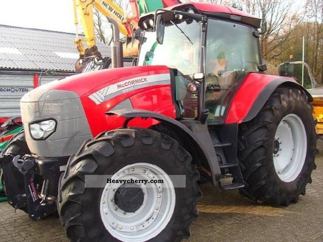 2009 McCormick  XTX 145 Agricultural vehicle Tractor photo