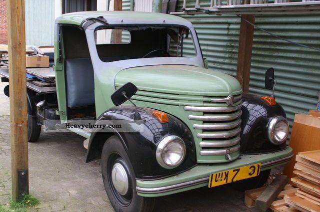 1959 Barkas  Framo V902 Van or truck up to 7.5t Stake body photo