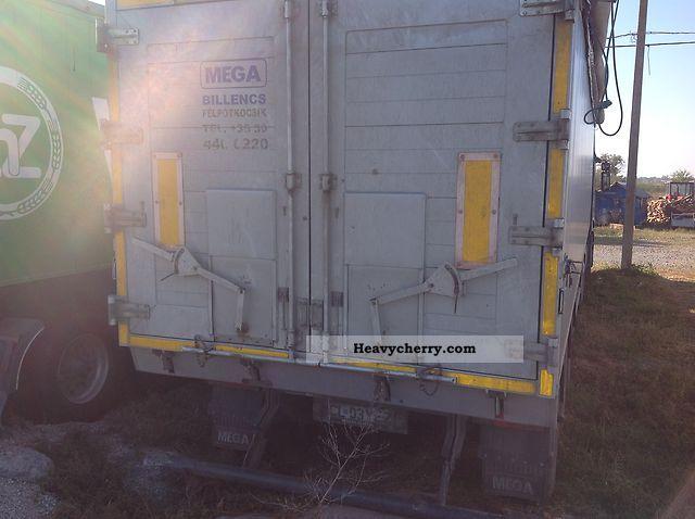 2010 MEGA  50mc Semi-trailer Tipper photo