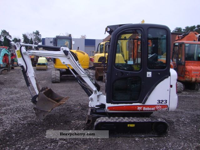 2007 Bobcat  323 Construction machine Mini/Kompact-digger photo