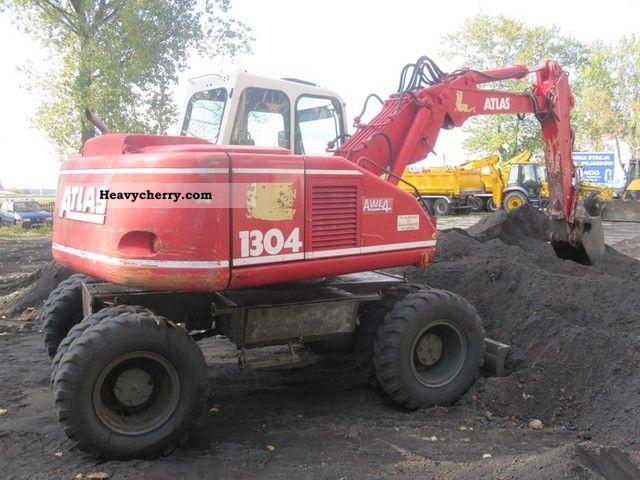 1994 Atlas  1304K 3xłamane ramie Construction machine Mobile digger photo