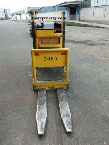2002 Jungheinrich  ECP100 LG110-3-100E Forklift truck Low-lift truck photo