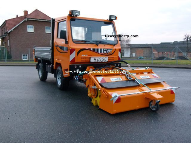 2012 Piaggio  RVM MOS 35 professional 4x4 broom / winter Van or truck up to 7.5t Three-sided Tipper photo