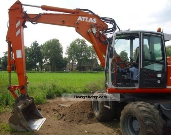 2003 Atlas  1404 Construction machine Mobile digger photo