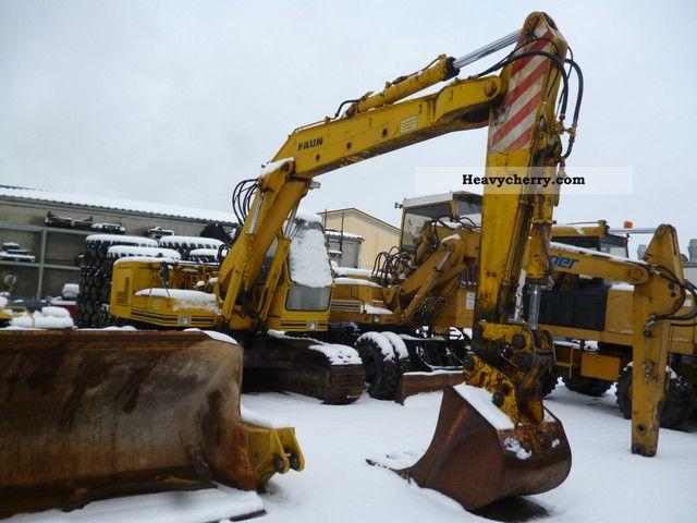 1982 Faun  FR 1035 RC Crawler Excavator Construction machine Caterpillar digger photo