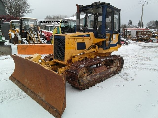 1991 Komatsu  D 37 E-2 Construction machine Dozer photo