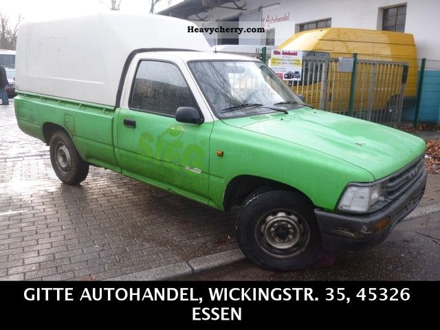 1991 Toyota  Hilux 2.5 D HARDTOP truck ADMISSION ANHÄNGERKUPPLU Van or truck up to 7.5t Stake body photo