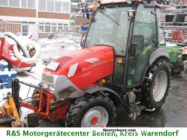 2012 McCormick  V 50 HST Agricultural vehicle Tractor photo