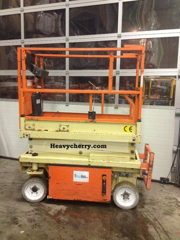 2001 JLG  1932 E3 - Electric scissor lift 7.8 m Construction machine Working platform photo