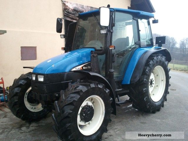 2004 New Holland  TL80 Turbo Agricultural vehicle Tractor photo