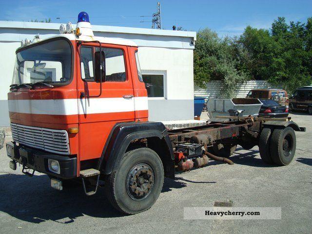 1973 Magirus Deutz  170 D19F/BLATTFEDER/6-GANG Truck over 7.5t Chassis photo