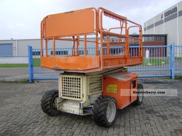 2001 JLG  260 mrt Construction machine Working platform photo