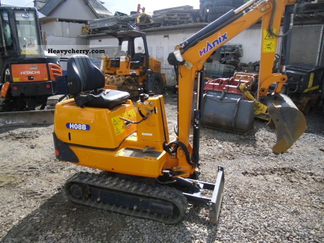 2008 Hanix  H 08 B 3 spoons, only 140 original hours Construction machine Mini/Kompact-digger photo