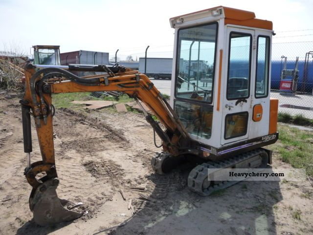 1995 Hanix  N 150 Construction machine Mini/Kompact-digger photo